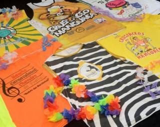 Mostra reúne camisetas de grupos carnavalescos (Foto: Carina Rocha/ Divulgação Assessoria PMR)