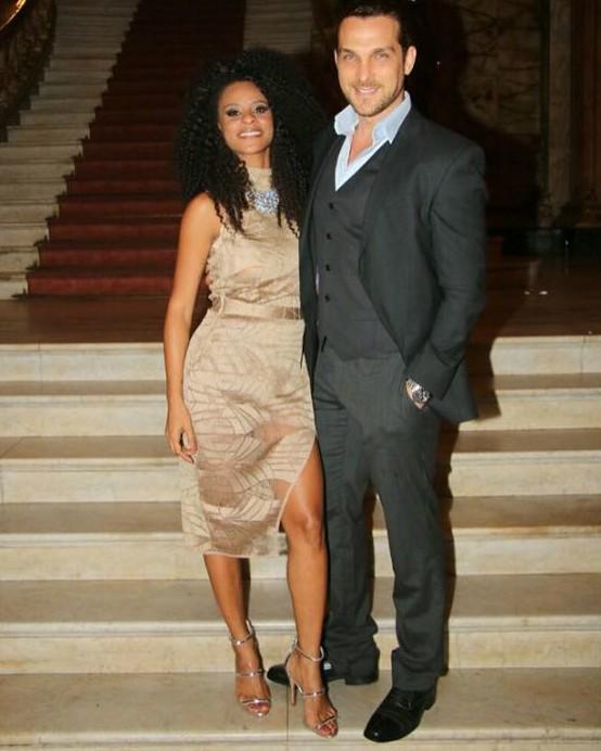 Aline Wirley e Igor Rockli no Grande Prêmio do Cinema Brasileiro (Foto: Anderson Borde/Agnews)