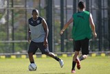 Airton treina com grupo na véspera e aumenta chance de jogar final carioca