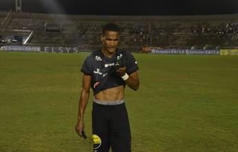 Após falha contra o América, Ângelo não viaja para jogo contra o Palmeiras