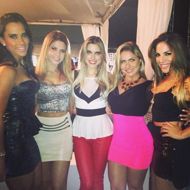 Ex-BBBs Kelly, Cacau, Flávia Viana, Renata e Anamara (Foto: Instagram/ Reprodução)