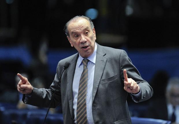 O senador Aloysio Nunes (PSDB-SP), líder do governo no Senado, durante sessão de julgamento do impeachment (Foto: Edilson Rodrigues/Agência Senado)