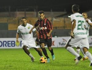 Cuiabá e Atlético-PR empatam em amistoso (Foto: Site oficial do Atlético-PR/Gustavo Oliveira)