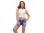Claudia Raia recebe elogios ao posar de barriga de fora aos 49 anos
