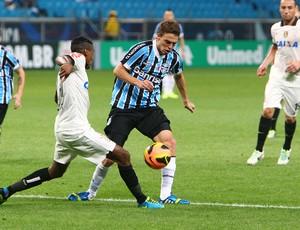 Maxi Rodriguez contra o Corinthians   (Foto: Lucas Uebel / Grêmio, DVG)