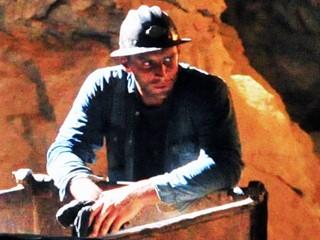 Veja o ator em detalhe ampliado da foto acima (Foto: João Miguel JR./Rede Globo)
