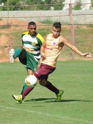 Jogo-treino 2015: Desportiva Ferroviária x Tupy-ES (Foto: Henrique Montovanelli/Desportiva Ferroviária)