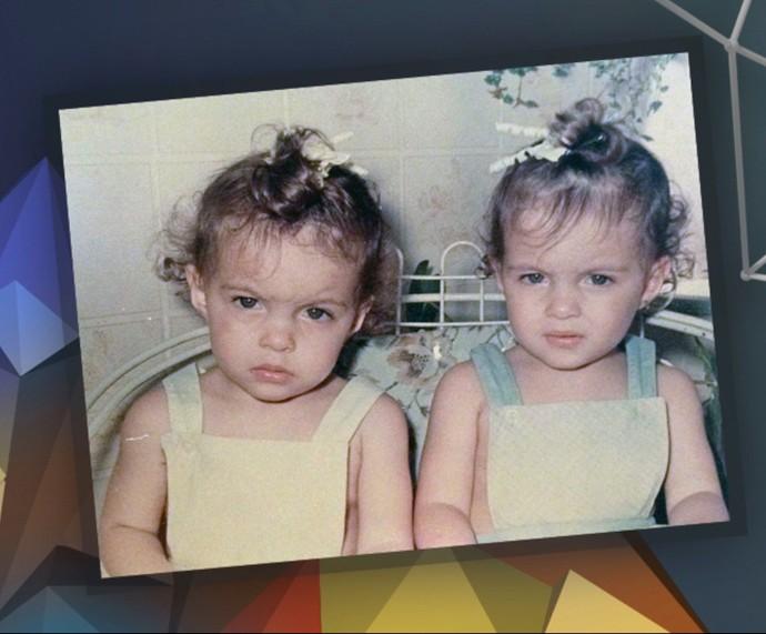 Michelle Batista e Giselle Batista durante a infância (Foto: Arquivo Pessoal)