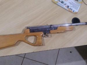 A Polícia Civil deve investigar de quem o homem teria comprado a arma (Foto: Ricardo Schwantes/Ariquemes 190)