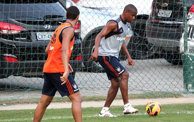 Valencia Treino Fluminense (Foto: Fernando Cazaes / Photocamera)