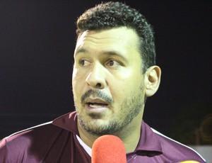Técnico Guido Quêtto (Foto: Jheniffer Núbia/GloboEsporte.com)