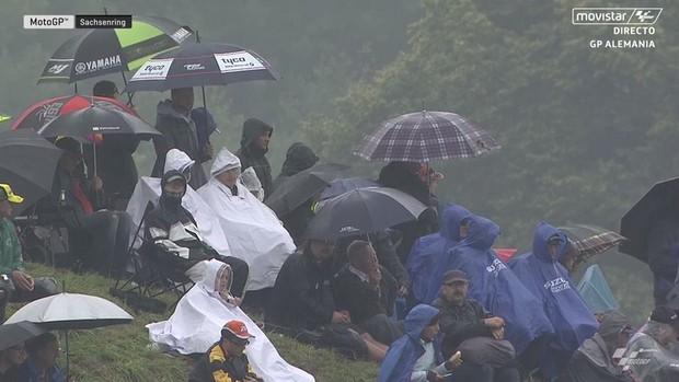 BLOG: GP da Alemanha de Motovelocidade - Coragem e trabalho de equipe dão a Marc Márquez a 7ª vitória consecutiva em Sachsenring. Mais uma para Zarco na Moto2 e o malaio Pawi reafirma seu reinado chuvoso na Moto3...