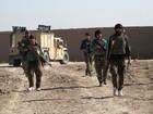 Talibãs afegãos fazem ofensiva para tomar província no sul do país