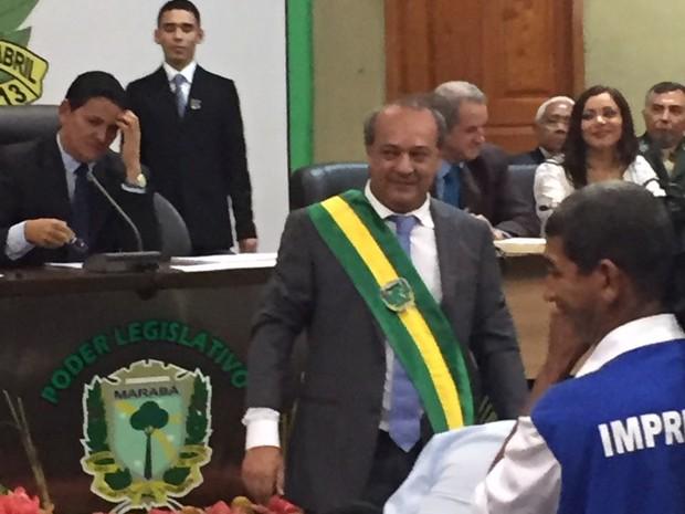 Tião Miranda toma posse em marabá (Foto: Márcio Novaes / TV Liberal)