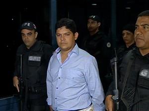 Ex-prefeito de Tomé-Açú já está preso em penitenciária da RMB (Foto: Reprodução/TV Liberal)