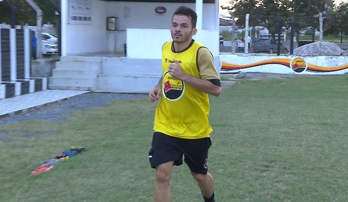 Anderson Paraíba, meia do Botafogo-PB  (Foto: Reprodução / TV Cabo Branco)