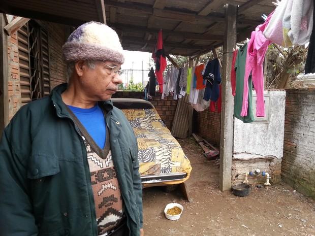 Adão Monteiro vive em Canoas (Foto: Tanise Scherer/G1)