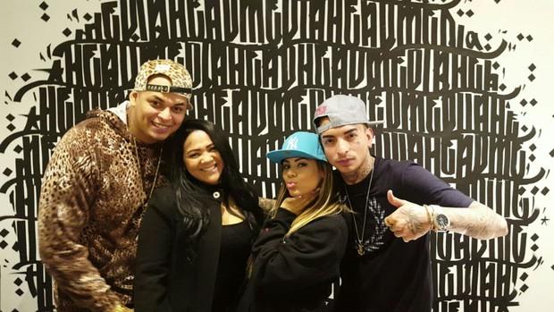 Cacau Junior, Darlin Ferratry (mãe e empresária de Lexa), Lexa e MC Guimê (Foto: Arquivo Pessoal)