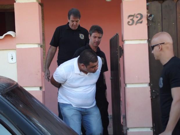 PF prende chefe de grupo que fazia compras ilegais em lojas virtuais (Foto: Heitor Moreira/G1)