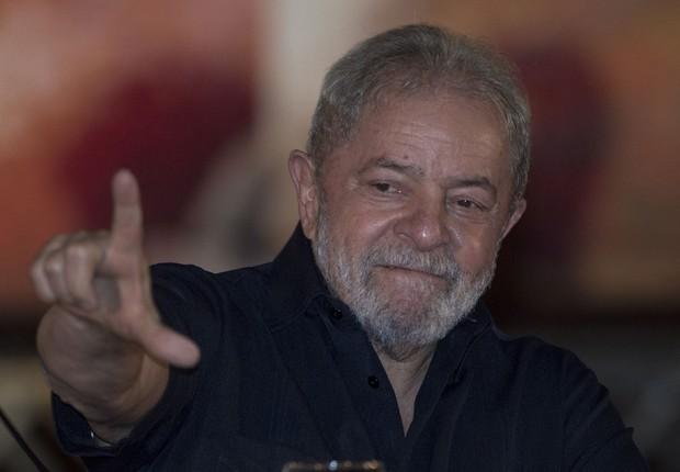 O ex-presidente Luiz Inácio Lula da Silva discursa na abertura da conferência da Contag (Foto: Joédson Alves/EFE)