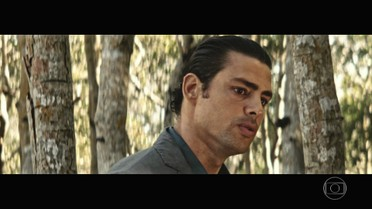 Yaqub conta a verdade para Halim sobre Omar em São Paulo