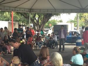 Profissionais da educação paralisaram nesta quarta-feira (26) (Foto: Jackson Félix/G1 RR)