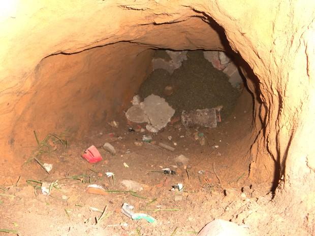 Túnel começou a ser aberto a partir da cela C-12 e tinha 3 m de comprimento (Foto: Divulgação/ Sinpoljuspi)