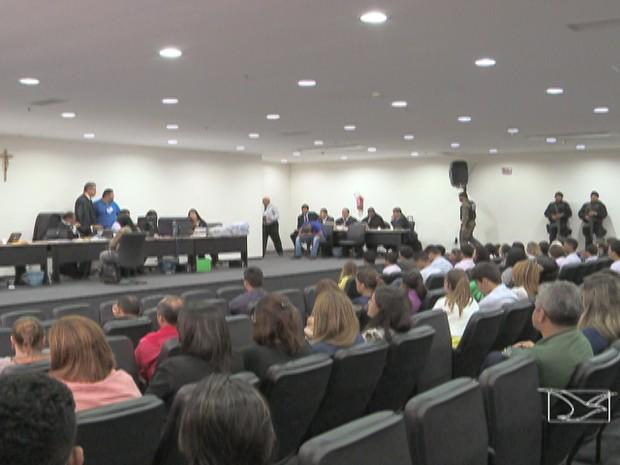 Começa júri popular de dois dos 11 acusados da morte do jornalista Décio Sá  (Foto: Reprodução/TV Mirante)