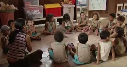 Crianças atendidas pela assossiação  (Foto: Reprodução/JT1)