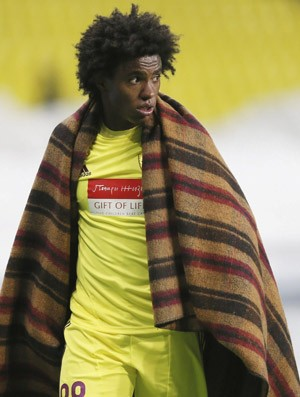 Willian sai substituido, Anzhi x Newcastle (Foto: EFE)