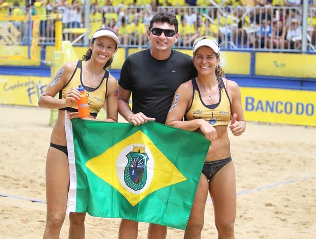 Larissa e Talita volei de praia (Foto: Paulo Frank/CBV)