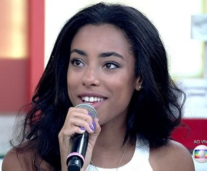 Yara participa do 'Encontro' desta sexta-feira, 29/7 (Foto: TV Globo)