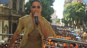Anitta arrasa no Bloco das Poderosas; veja fotos