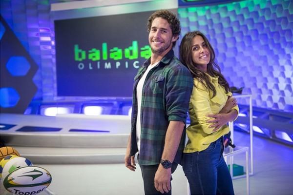 Flávio Canto e Carol Barcellos apresentam o 'Balada Olímpica' (Foto: Rede Globo)