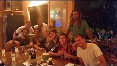 Kaká curte férias com amigos em Noronha (Foto: Reprodução/Instagram)