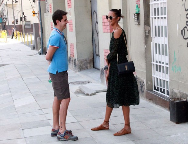 Lais Ribeiro e amigo (Foto: Agnews)