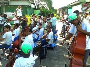 Alunos do Projeto Estrelas Musicais (Foto: Divulgação )
