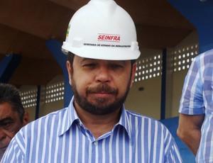 Valmor Barbosa, secretário de infraestrutura de Sergipe (Foto: Osmar Rios/GLOBOESPORTE.COM)