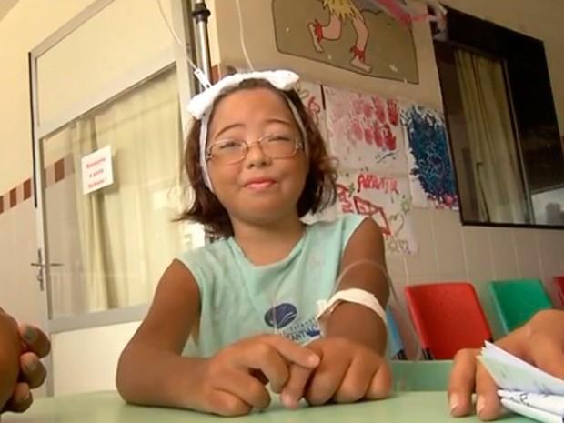 Amanda é portadora de síndrome de imunodeficiência (Foto: Reprodução/Inter TV Cabugi)