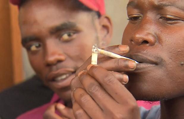 Nova droga na África do Sul mistura heroína com veneno, cloro e maconha.