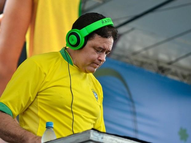DJ Marlboro trouxe clássicos do funk ao palco da Fifa Fan Fest em Manaus (Foto: Marina Souza/G1 Amazonas)