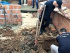 Polícia faz buscas por corpos em quintal (Evely Dias/Arquivo pessoal)