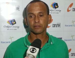 Jaelson Marcelino, técnico do Coruripe (Foto: Nildo Lopez/ Tv Gazeta)