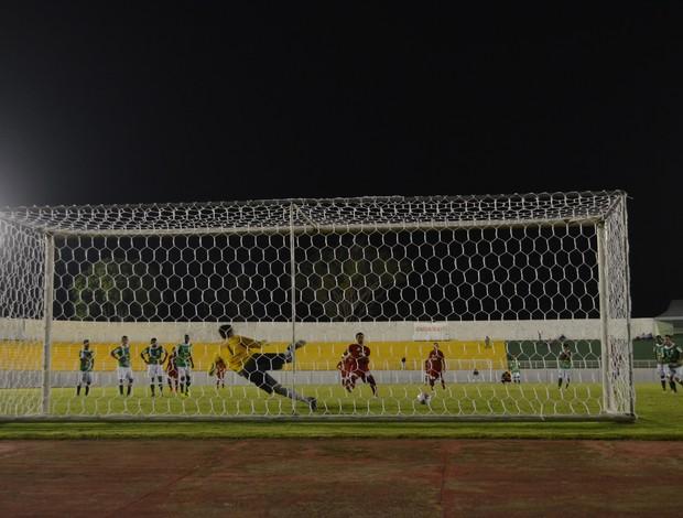 Gol Pedro Henrique Rio Branco (Foto: Duaine Rodrigues)