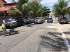 Carros nas calçadas incomodam moradores do Peró, em Cabo Frio, RJ