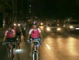 mulheres bicicleta encontro com fátima (Foto: TV Globo)