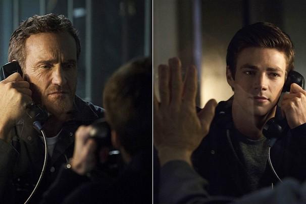 Na versão atual da série Flash, John Wesley Shipp é Henry Allen, pai de Barry (Grant Gustin), o jovem que ganha supervelocidade (Foto: Divulgação)