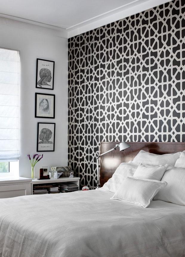 Oriental Bedroom Wallpaper