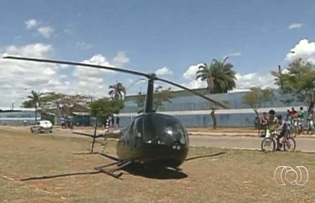 Helicópeto cai em Planaltina de Goiás (Foto: Reprodução/ TV Anhanguera)