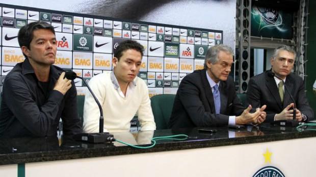 Felipe Ximenes, Keirrison, Vilson Ribeiro de Andrade e Lúcio Ernlund - Coritiba (Foto: Divulgação / Coritiba)